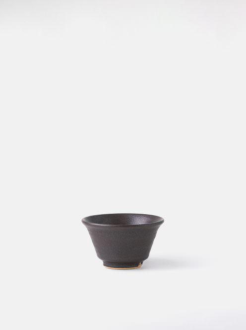awabi ware / ぐい呑み(黒マット)