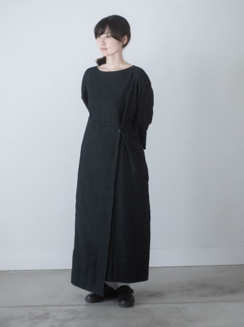 __ito__ / linen wrap dress(black)