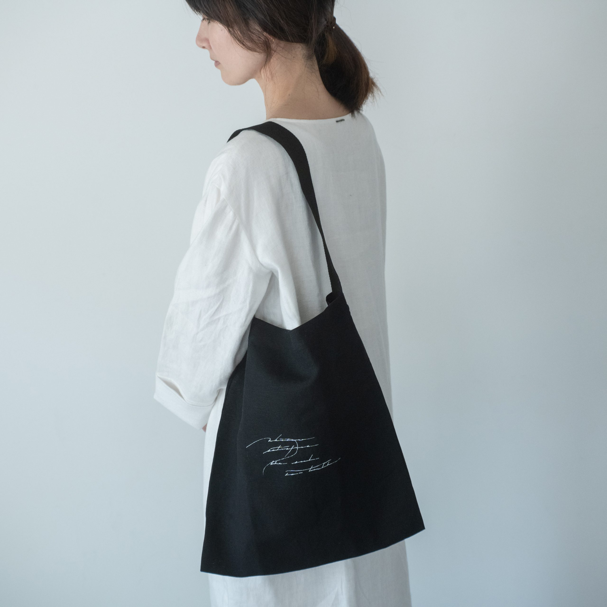 letter tote bag(black)・中
