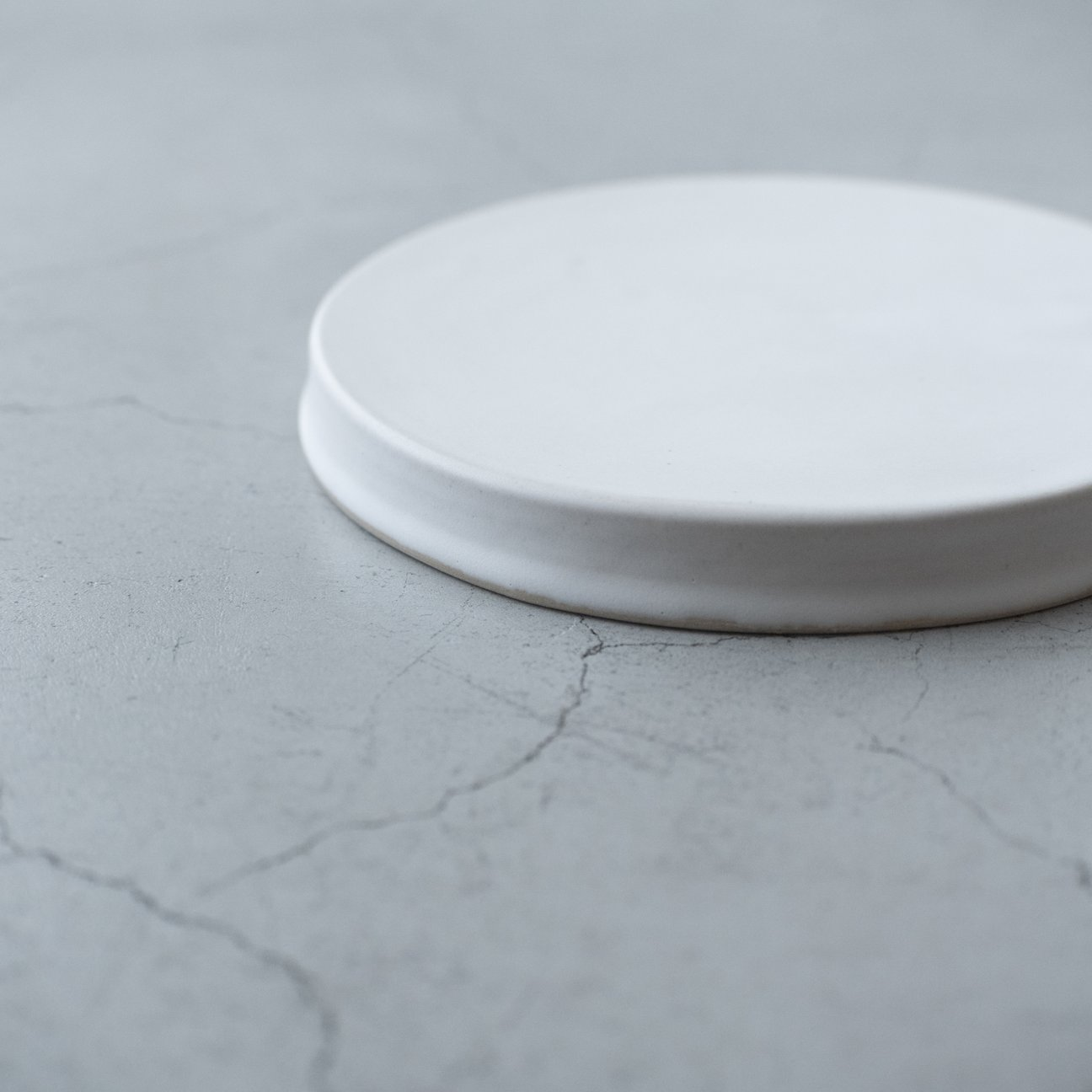 台皿(白)